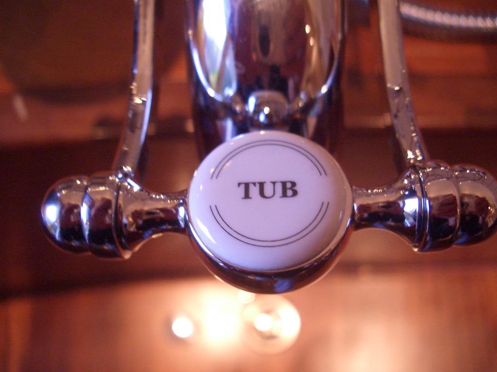 Wasserverbrauch Badewanne badewanne duschen wasserverbrauch wohndesign und einrichtungs ideen